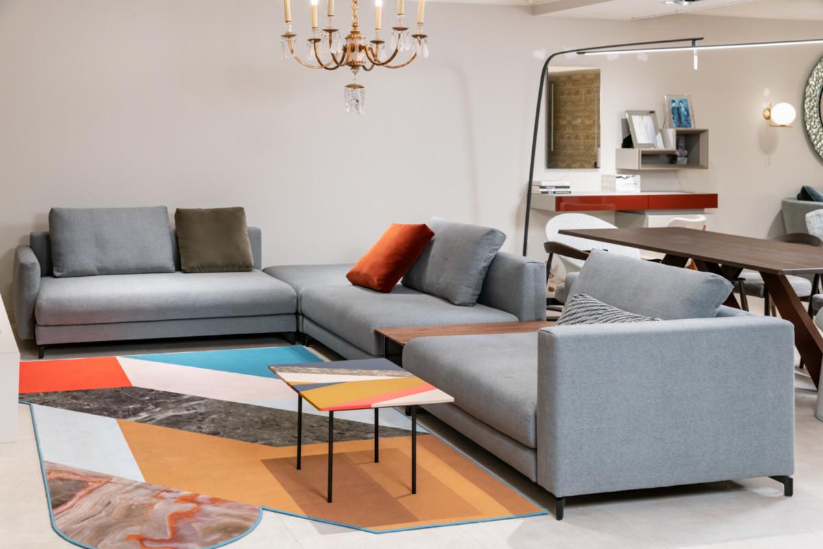 Почему у дивана должно быть четыре ножки и другие секреты мягкой мебели