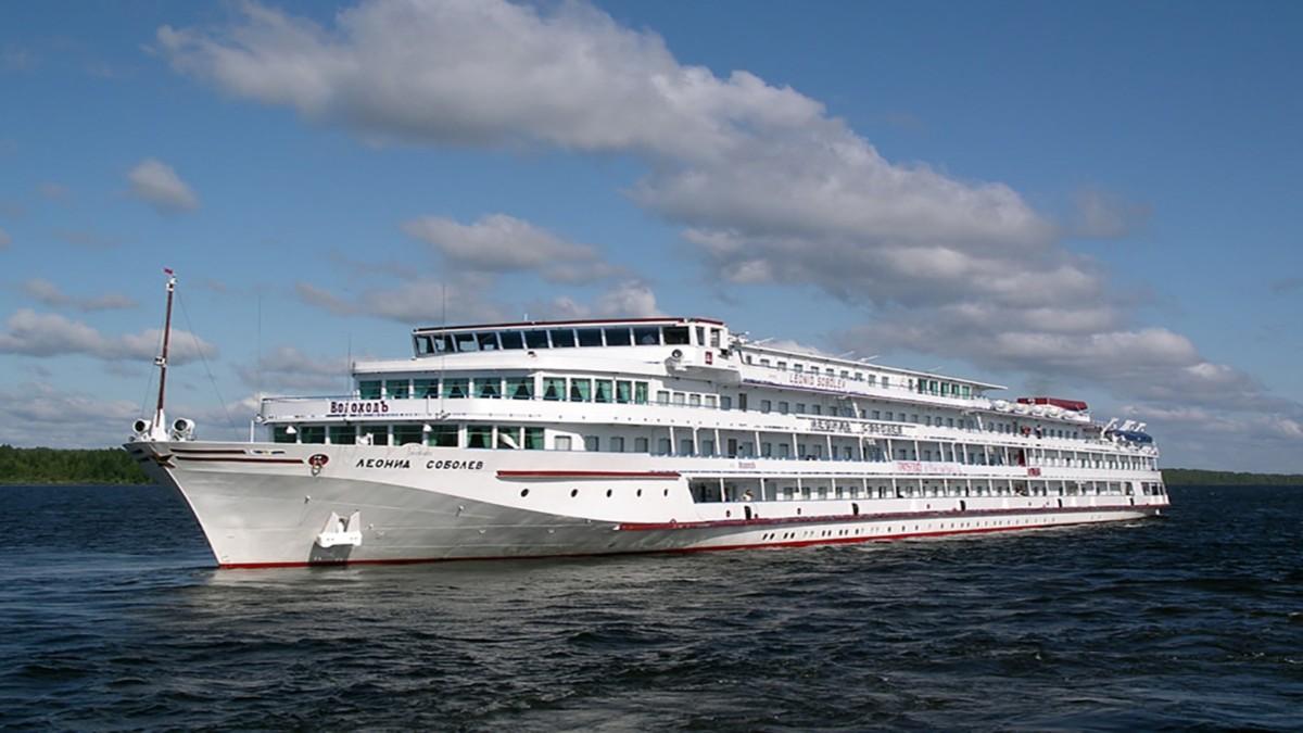 Архитектурный пароход готов к отплытию