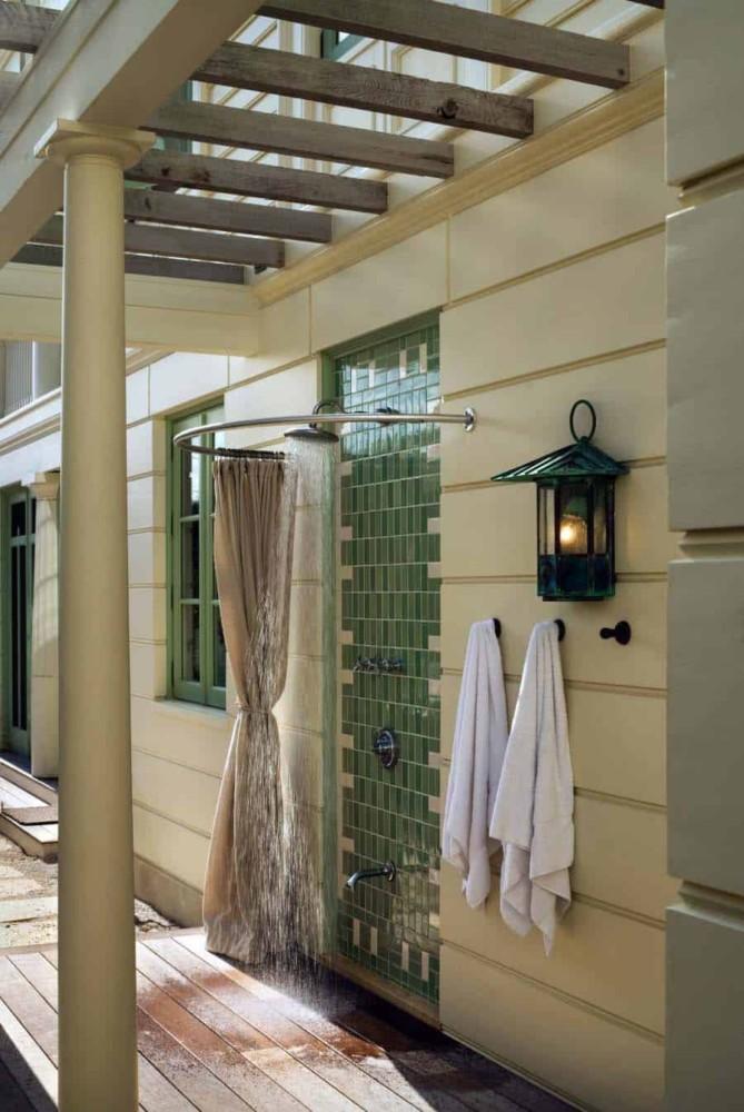 Летний душ для дачи: 75 идей и нюансы, о которых нужно помнить