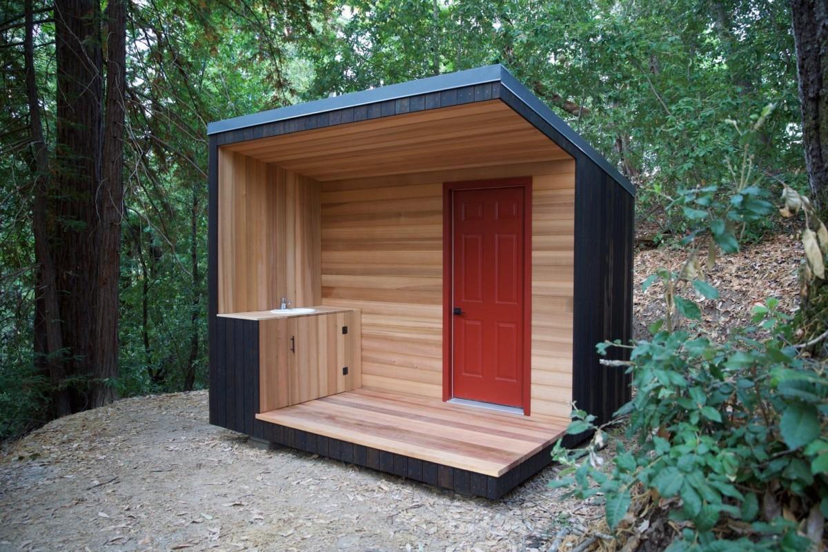 Дачный туалет своими руками: 25 стильных кабинок, которые не испортят дачный пейзаж