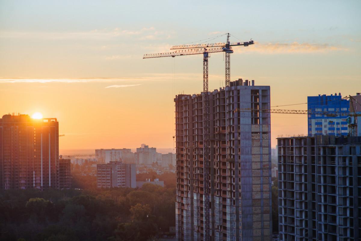 В каких новостройках активно скупали недвижимость